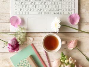 花とパソコン